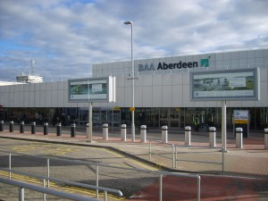 Aberdeen_Airport_terminal_close_up_23-03-11 (1)